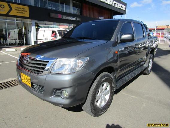 Toyota Hilux Lt