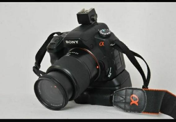 Sony Alpha 200 Grip + Bag + Lentes 18-70mm
