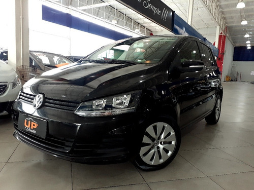 Volkswagen Fox 2015 1.0 12v Bluemotion Total Flex 5p
