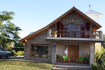 Chalet Con Pileta Y Amplio Parque En Sierra De La Ventana