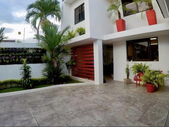 Casa En Alquiler En Hato Pintado 20-561 Emb
