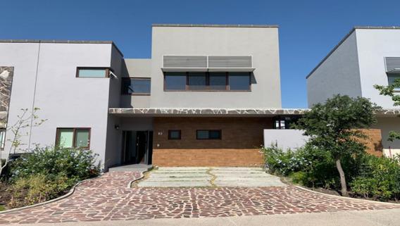 Hermosa, Amplia Casa En Renta Altozano