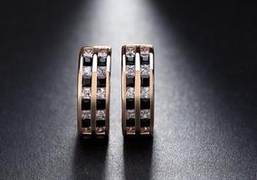 Brinco Pequeno Argola Banhado Ouro 18k Detalhes Strass Luxo