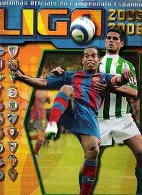 Álbum Liga Espanhola 2005/2006. 130 Figurinhas Coladas.