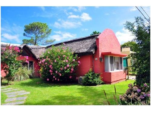 Comoda Y Hermosa Casa En Rincon Del Indio- Ref: 695