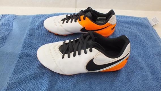Chuteira Campo Nike Tiempo Genio
