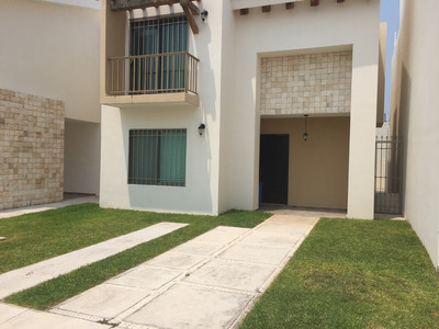 Casa En Renta Fraccionamiento Mar Azul 4 Habitaciones Carmen