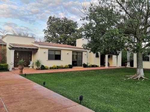 Hermosa Residencia De 1planta Al Norte De Merida. Zona De Gran Plusvalia Residencial.