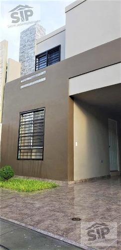 Casa En Renta En Privada, Col. Capellanía Residencial, Apodaca, Nuevo León