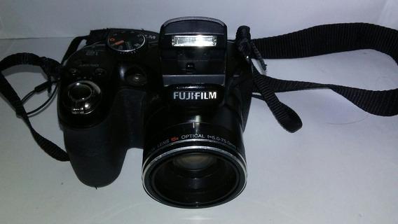 Camara Fujifilm Finepix S1600 Semiprofesional 15x