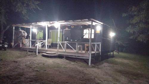 Cabaña De 3 Dormitorios Más Local De 20 Mts2
