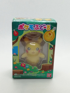 Mini Figura Pikachu Pokemon Center