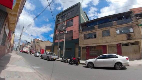Arriendo Edificio En Centenario Mls 20-762