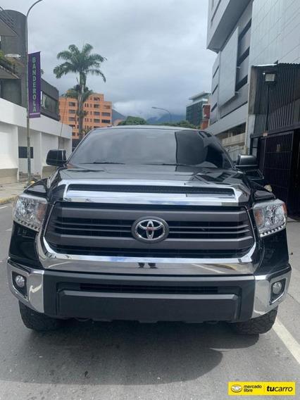 Toyota Tundra Sr5 -automática
