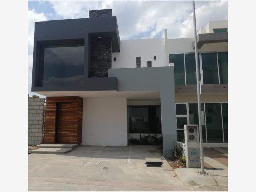 Casa Sola En Venta Fraccionamiento Terranova Casa Residencial