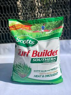 Fertilizante Scotts Turf Builder Para Céspedes 6.38kg