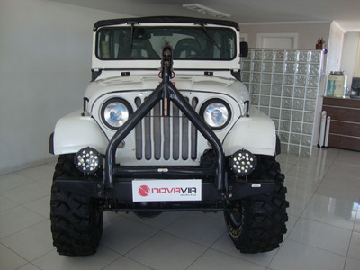 Jeep 1973
