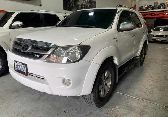 Toyota Fortuner 4x2 2008