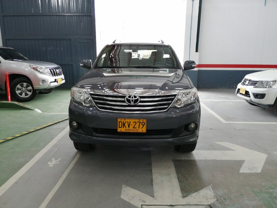 Toyota Fortuner 2.7 At 4x4