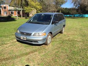 Honda Odyssey Ex Minivan 3 Filas De Asientos Motor A Nuevo