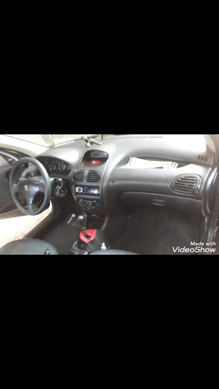 Peugeot 206+ Essencial
