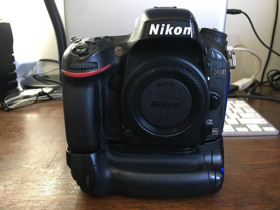 Nikon D600 + Grip Vertical