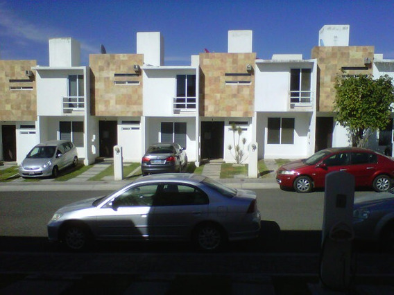 Queretaro, Palmas 5, Bonita Casa En Renta!!!