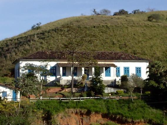 Casa Sede Centenária Do Ciclo Do Café, Linda E Restaurada.