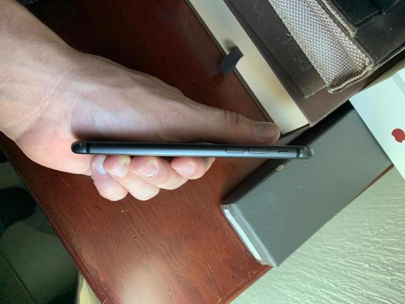 iPhone 8 Pequeño Detalle En El Glas