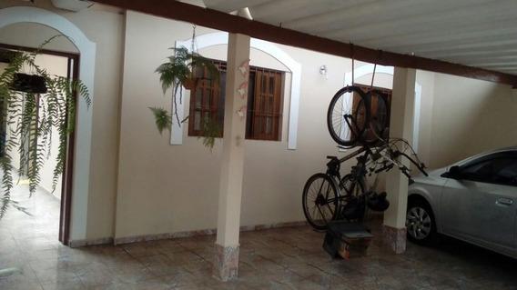 Casa À Venda Em Local Privilegiado. Ref. 3305 L C