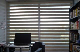 Aisle El Sol De Su Casa Con Cortinas Zebra