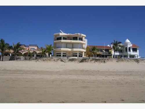 Casa En Venta En Playa Linda