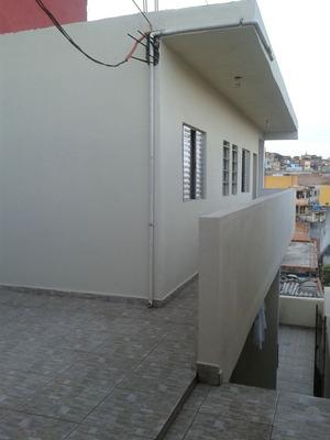 Casa Com 8 Cômodos E 5 Banheiros