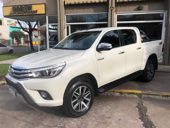 Toyota Hilux 2.8 Cd Srx 177cv 4x4 At 2017 2234003316