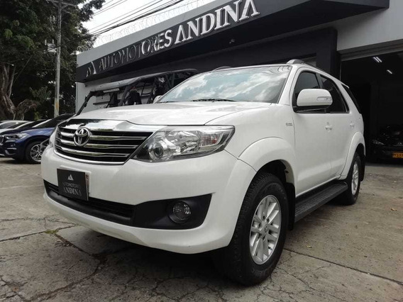 Toyota Fortuner Urbana Automatica 2015 2.7 Rwd 697