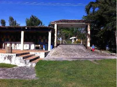 Rancho Con Auditorio En Malinaltenango