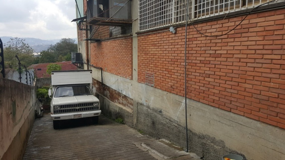 Local Pb Industrial 2500m2 Caracas La Yaguara