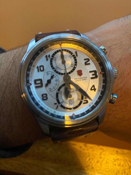 Reloj Swiss Army Victorinox Infantería Vintage De 44 Mm.