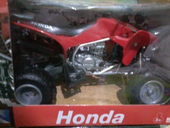 Cuatriciclo Honda New Ray Escala 1/12