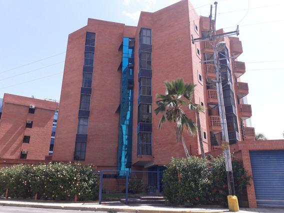 Dlc Alquiler Apartamento San Jacinto Cod: 20-21974