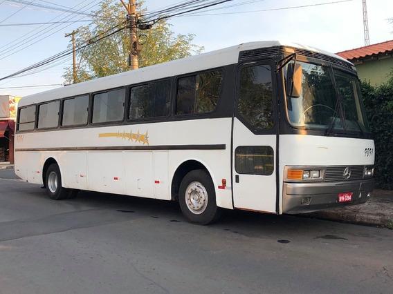 Onibus Mercedes 371