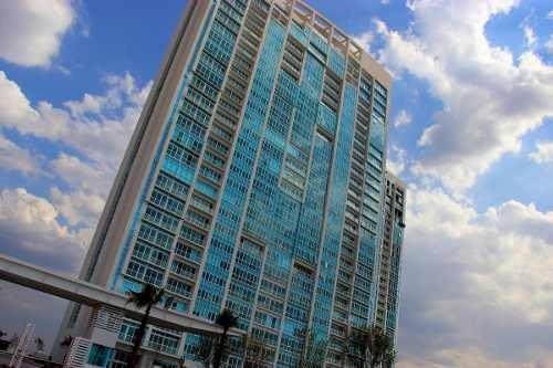 Se Vende Hermoso Departamento En Juriquilla Towers, Vive En El Mejor Lugar !!