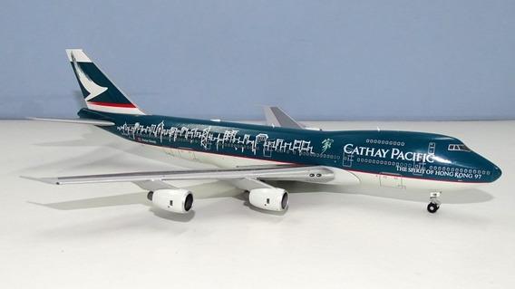 Miniatura Do Boeing 747 Da Cathay Pacific Em Escala 1/200