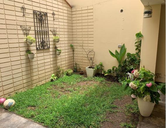 Casa En Miraflores 280 Metros Constriudos