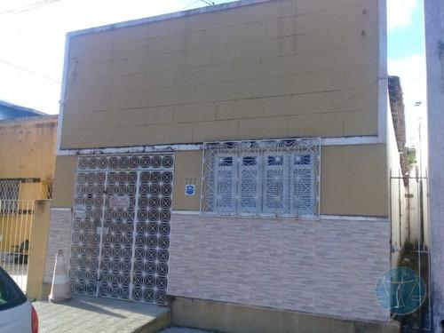 Imagem 1 de 12 de Cod.10635 - Casa Em Petropolis De 3/4 - V-10635