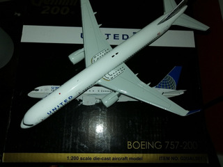Avión Gemini Jets Escala 200