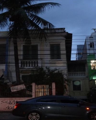 Casa Comercial No Rio Comprido - 2042005280 - 32010322