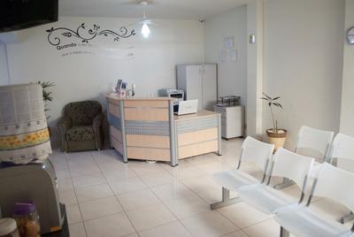 Sala Comercial Mobiliada Para Profissionais Da Área Da Saúde