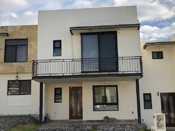 Casa En Venta O En Renta En Cumbres De Juriquilla