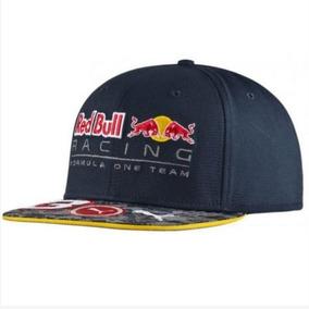 O Boné Puma Red Bull Racing 3 Ricciardo